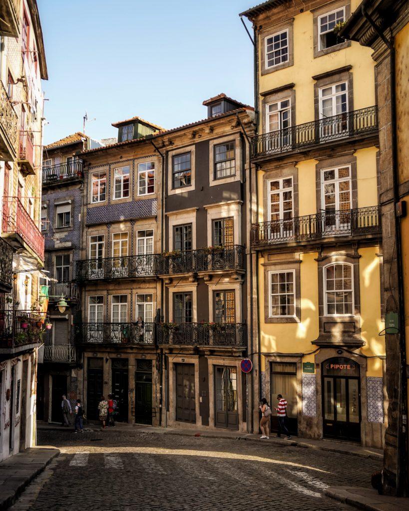 Rua das Taipas in Porto, 5 Instagram Hotspots in Porto
